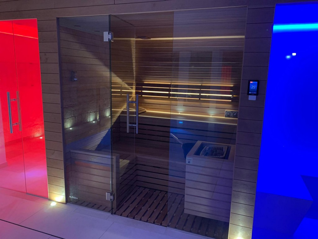 private-spa-sauna